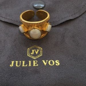 Julie Vos 24k gold plate ring with pearl